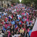 Paris-Protests01