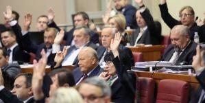 HRVATSKI SABOR JEDNOGLASNO UKINUO: Zastupnički imunitet Marini Lovrić Merzel