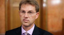 NEZADOVOLJNI SLOVENCI: Radom slovenske vlade nezadovoljno 70 % birača