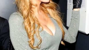 Događa se i bogatašima: Paris Hilton se upiškila?