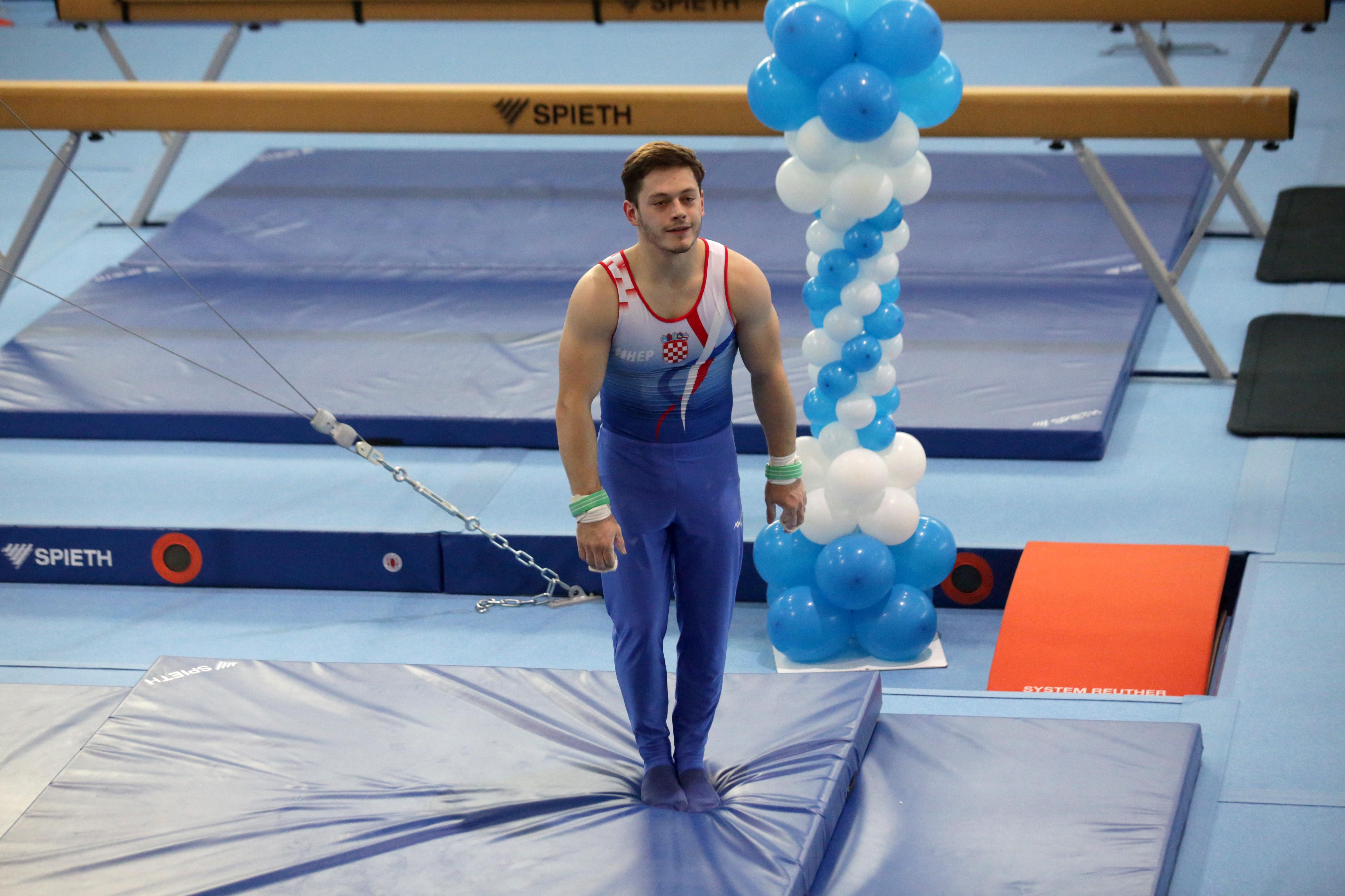 su li se olimpijski klizači izlazili